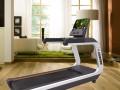 家中必备一台跑步机坚持跑步的好处 商用跑步机商用椭圆机