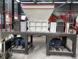 廠家直供雙軸撕碎機金屬輪胎衣服塑料粉碎機器