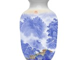 始信峰青花斗彩珍藏瓷 呈现出俊秀壮美山水图
