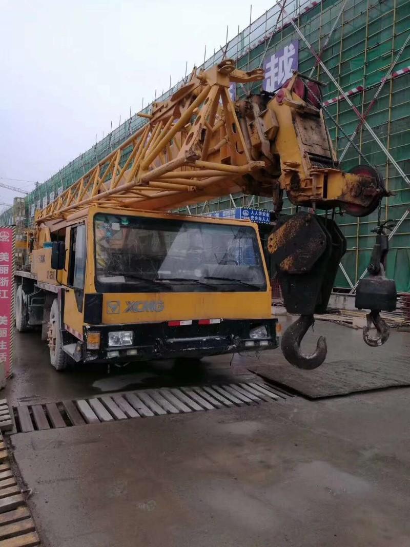 求购二手汽车吊 履带吊 推土机 装载机 压路机 平地机 叉车