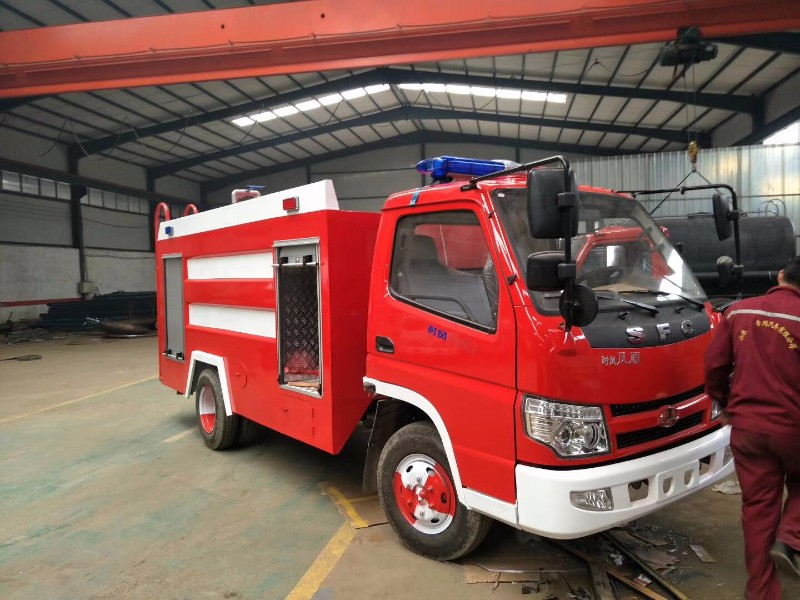 小型水罐消防车生产厂家 有现车