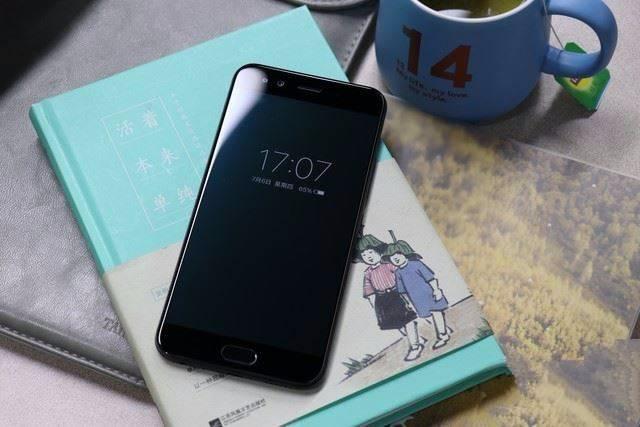 手机 (2).jpg