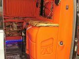 十堰房车商务车内饰柚木地板 桃木碳纤维方向盘
