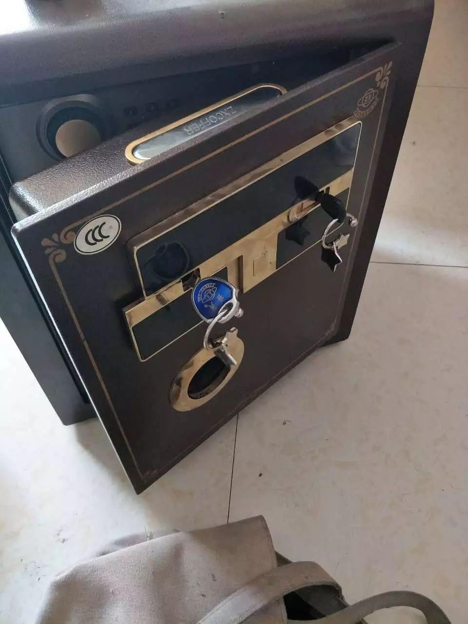 长春经开区保险柜上门维修开锁,保险柜开锁维修电话