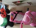 粉红色儿童电动车