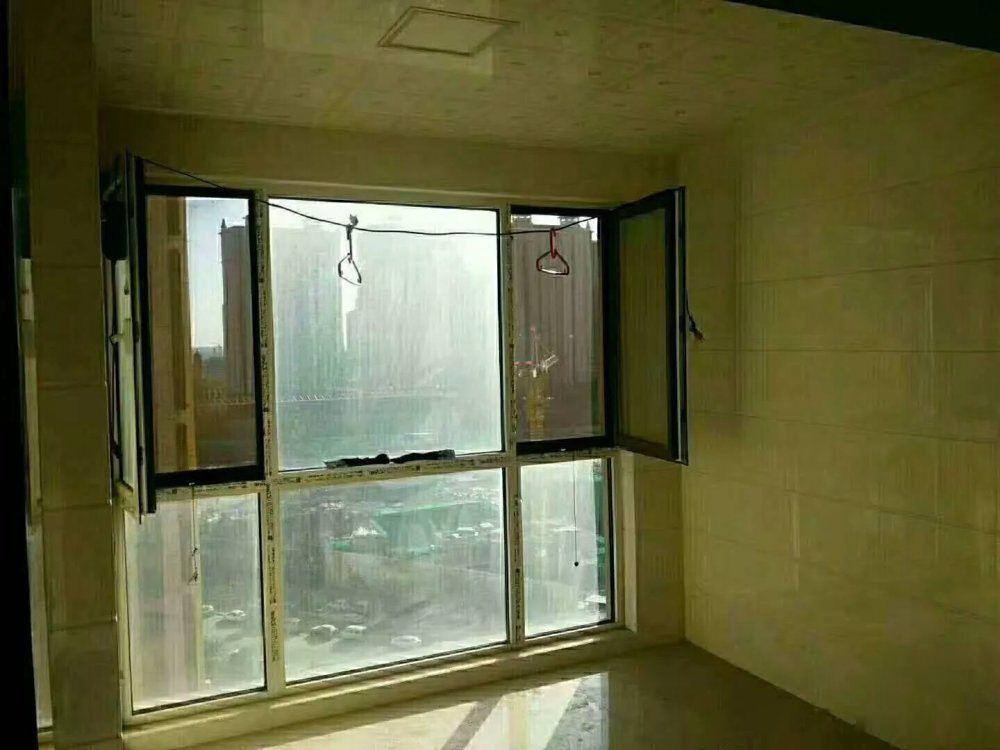中铁半岛 83平米 赠送6平米 带车位 带下房 装修好