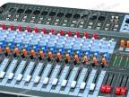 F16/2超薄型 专业16路演出带DSP数字双效果调音台 舞台/KTV/工程
