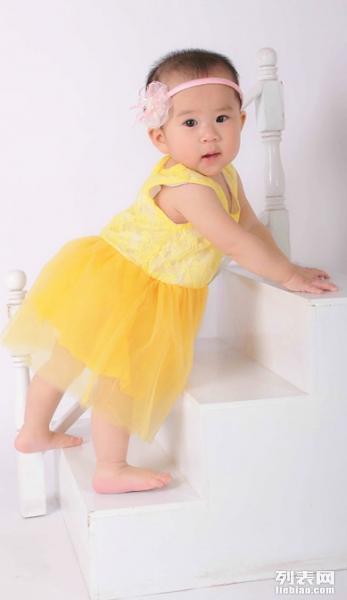 通州专业儿童摄影拍满月照百天照理胎毛