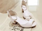 批发厂家直销季新款皮带扣水钻鱼嘴中跟粗跟欧美凉鞋学生鞋女鞋