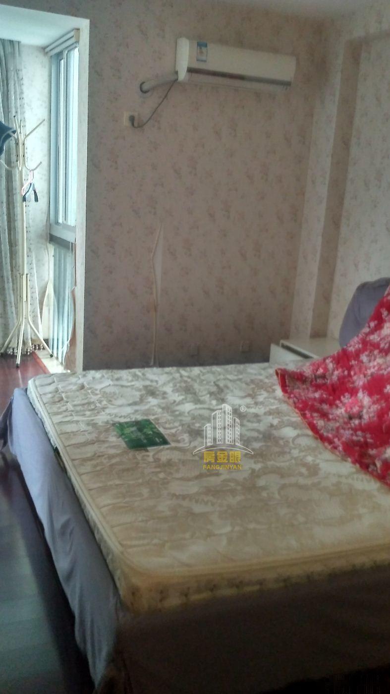 海湾浪琴 三居室好位置 精装修 拎包入住海湾浪琴