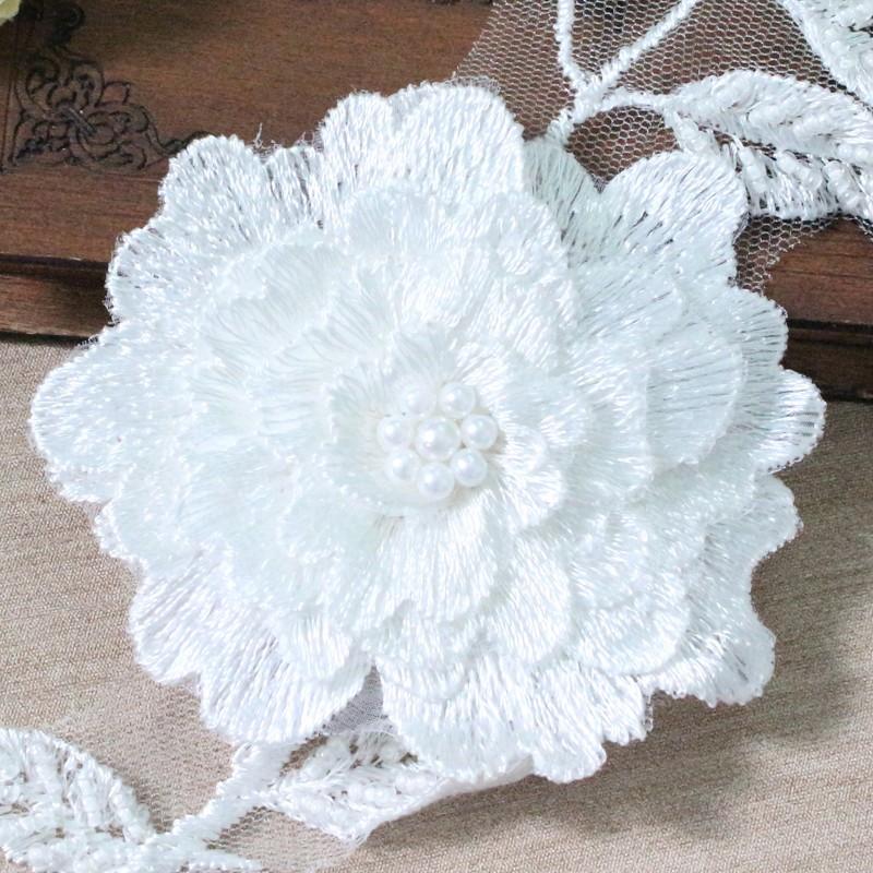厂家直销现货时尚新款蕾丝锦纶绣花 手工面料