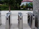 深圳哪家公司有橋式三輥閘帶門禁人臉識別系統的設備提供