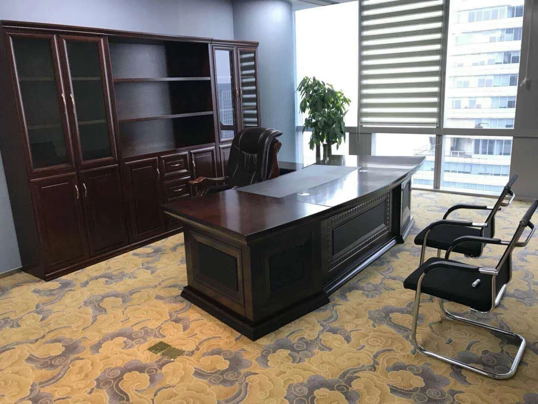 番禺区大型二手办公家具市场,低价出售9成新办公家具