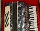 1800元出售98新鹦鹉牌60贝司43键手风琴
