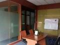 华凯广场104,精装两隔间,带三台空调,60/平