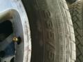 8成新235/55R17轮胎带铝合金钢圈