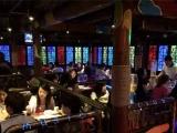 巢货酒吧演绎餐厅