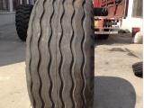 正品沙漠轮胎900-16导向花纹轮胎加宽工程机械轮胎