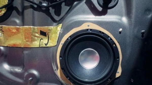 西安汽车音响改装店 奥迪Q7汽车音响改装Rich高清图片