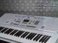 九九成新电子琴低价出售
