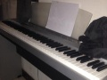 雅马哈P85电钢琴9成新