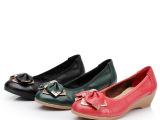 厂家直销批发2013春季新款真皮粗跟女单鞋时尚中跟水钻圆头蝴蝶结