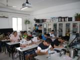 理论结合实践教学 手机维修培训学校 北京华宇万维