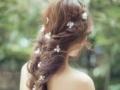 新娘结婚当天跟妆