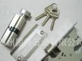 专业修套装门锁,防盗门锁,换锁芯,手把,修门,打孔