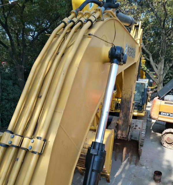 转让 挖掘机卡特彼勒全车原版油漆手续齐全货到付款