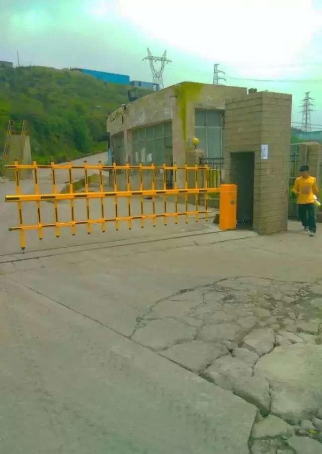 全贵阳安装出入口控制设备车牌识别道闸花杆伸缩门等设备批发