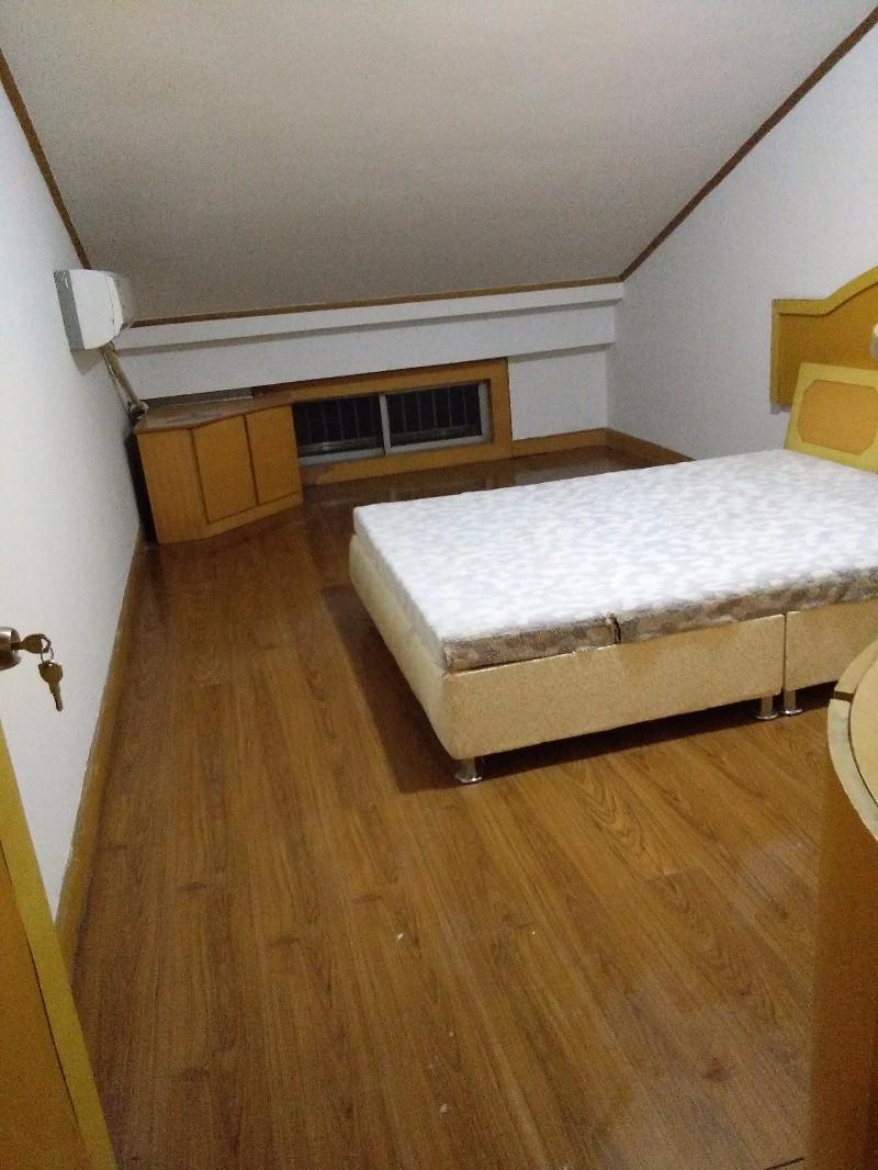 城东版块 新桥北村 2室 1厅 90平米 整租