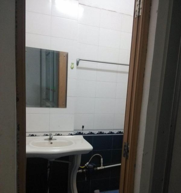 新朗酒店旁,友谊庄附近套房有厨厕