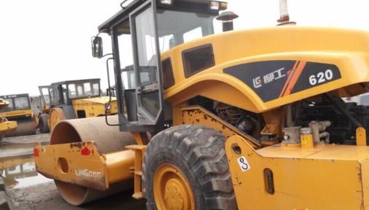 二手设备 郑州二手20吨压路机报价