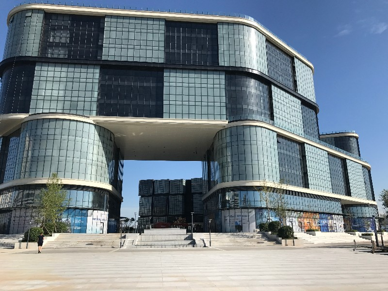西青开发区 仅四套临街核心商铺,350-400平米一拖二两层