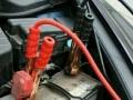 汽车电瓶没电了帮车搭电救援电话多少呢?