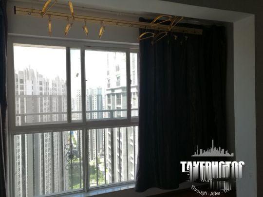新华东街天都十六区 1300元 2室1厅1卫 精装修,家