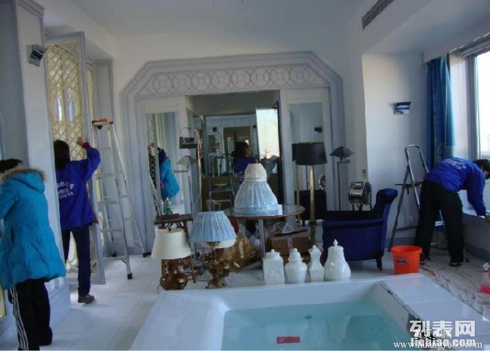 天通苑保洁公司 擦玻璃 地毯清洗 地板打蜡 瓷砖美缝