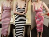 条纹吊带修身连衣裙 新款V领紧身 包臀显瘦长裙 性感吊带沙滩裙夏