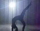 湖南长沙雨屋体验中,站在雨中却淋不湿现货档期中