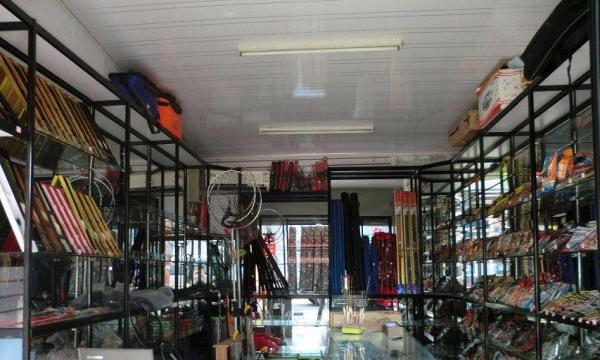 定做玻璃精品货架展示柜货柜台嘉兴市送货上门安装到位