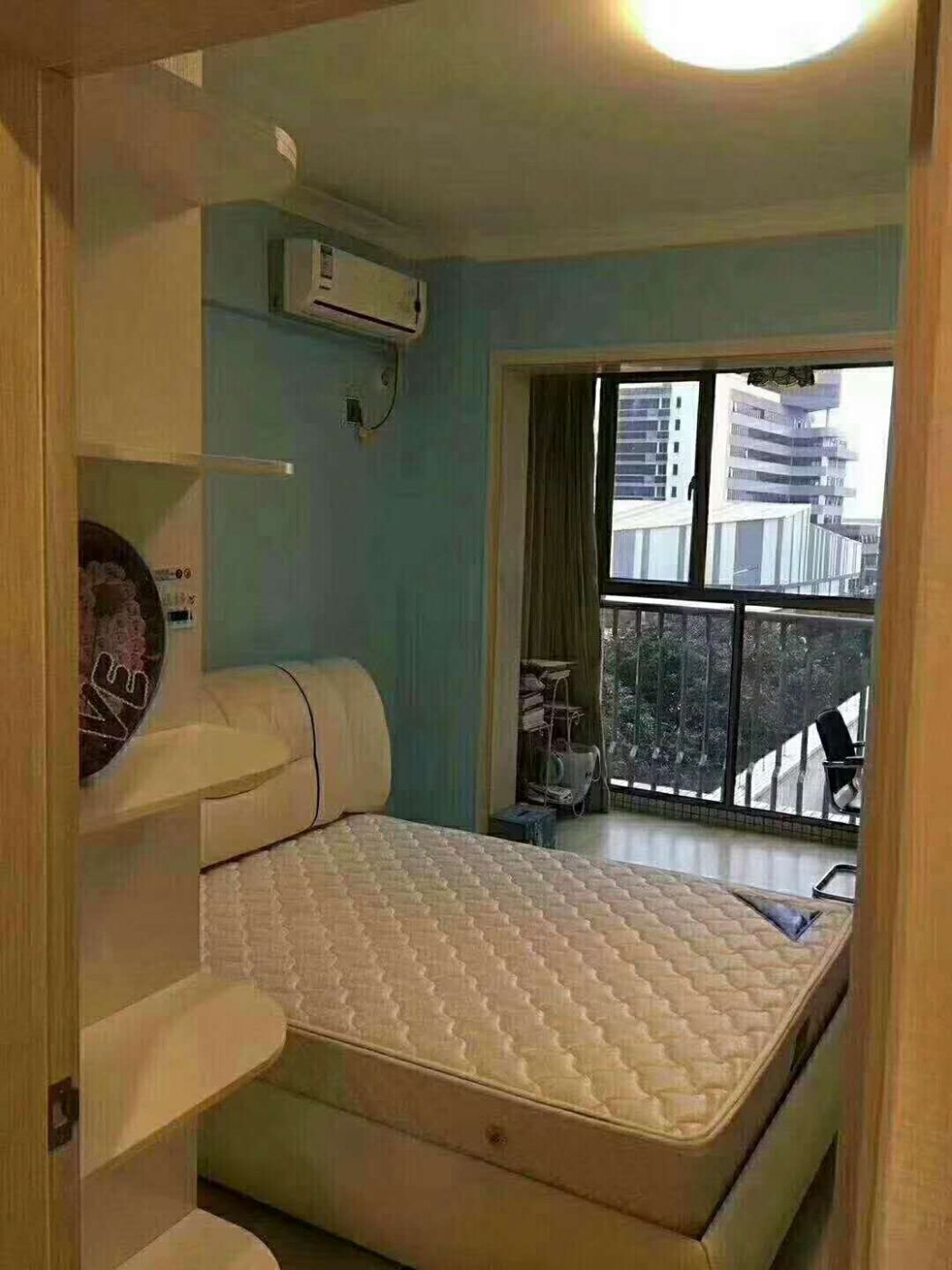 大社区,生活交通方便,丽景名筑一期 1600元 2室2厅丽景名筑一期