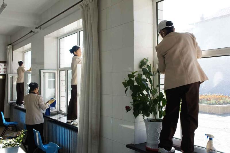 用福州保洁专家-妙管家的服务为 您打造干净整洁的家