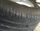 出奥迪A4L原装16寸轮毂带轮胎