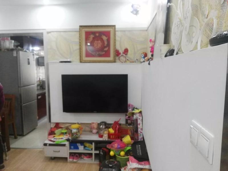华中路 人民新村 2室 1厅 71平米 出售