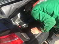 盘龙上门修车救援10分钟到达换胎搭电补胎送油拖车服务