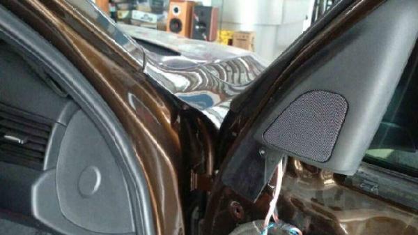 宝马X1升级音响案例无锡祥兴专业改装音响隔音高清图片