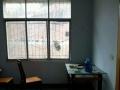洪山路口处 3室2厅 130平米 中等装修 押一付三