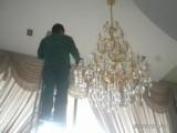 佛山高明区洪升专业公司清洁家庭水晶灯清洁酒店灯清洁各种水晶灯