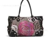 厂家混批新款玫瑰时尚包 布艺珠子包 女人魅力包包,纯手工钉珠包